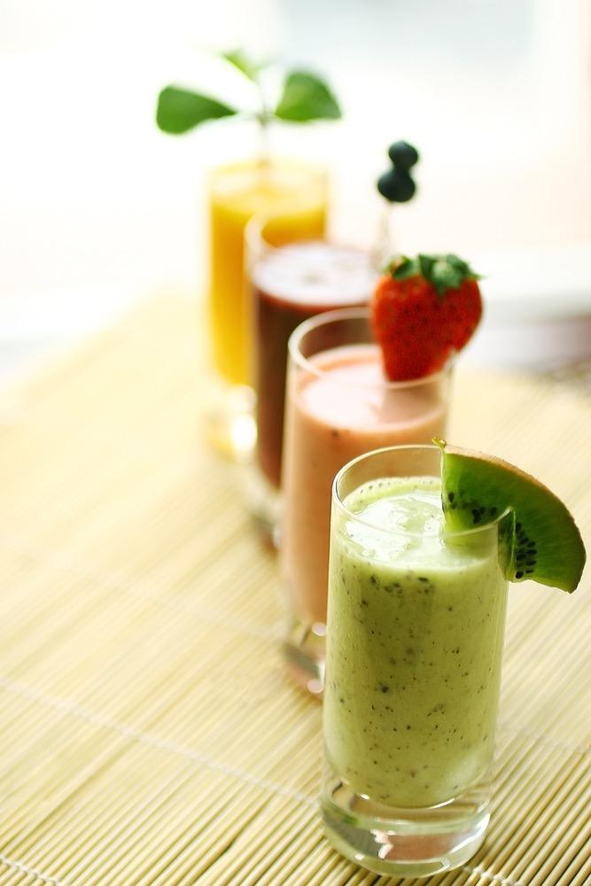 Jus de fruits à l'extracteur ou au mixer