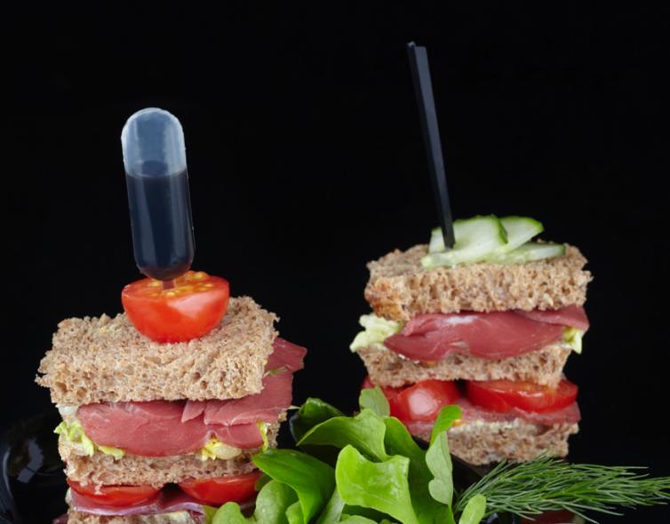 Mini club sandwich au canard fumé