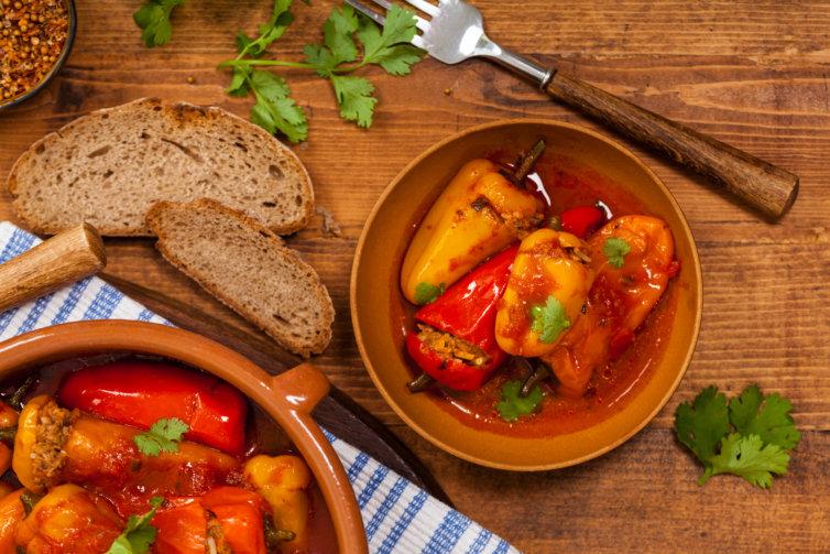 Mini poivrons ou légumes farcis à la viande